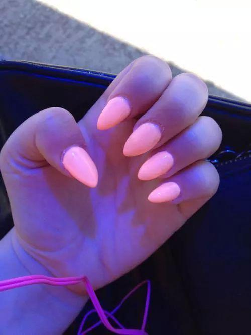 Neón nails
