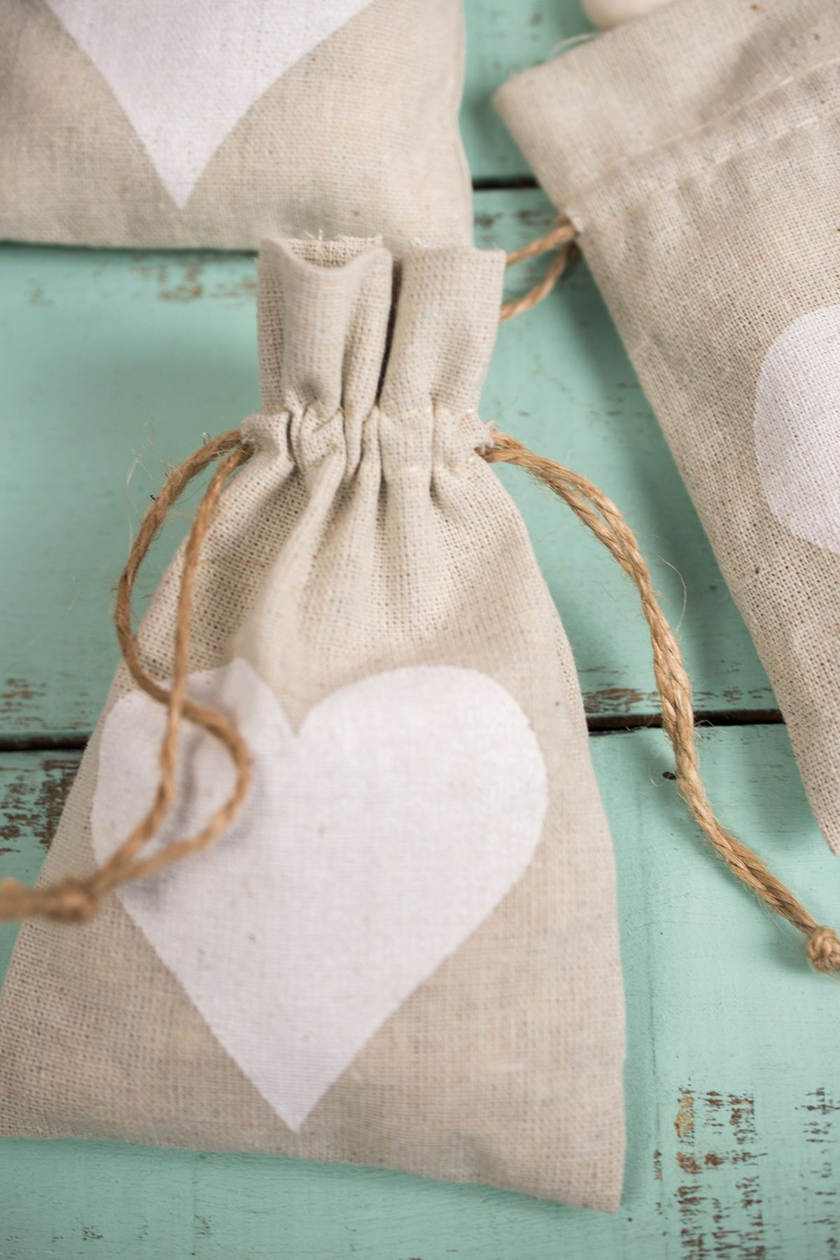 Linen Heart Favor Bags 12 bags 4x6   Favor bags, Favors and Country ...