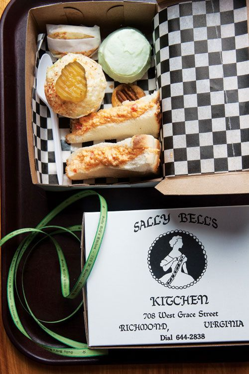 Boxed Lunch At Sally Bell S Kitchen Food Lunch Box Eat Local