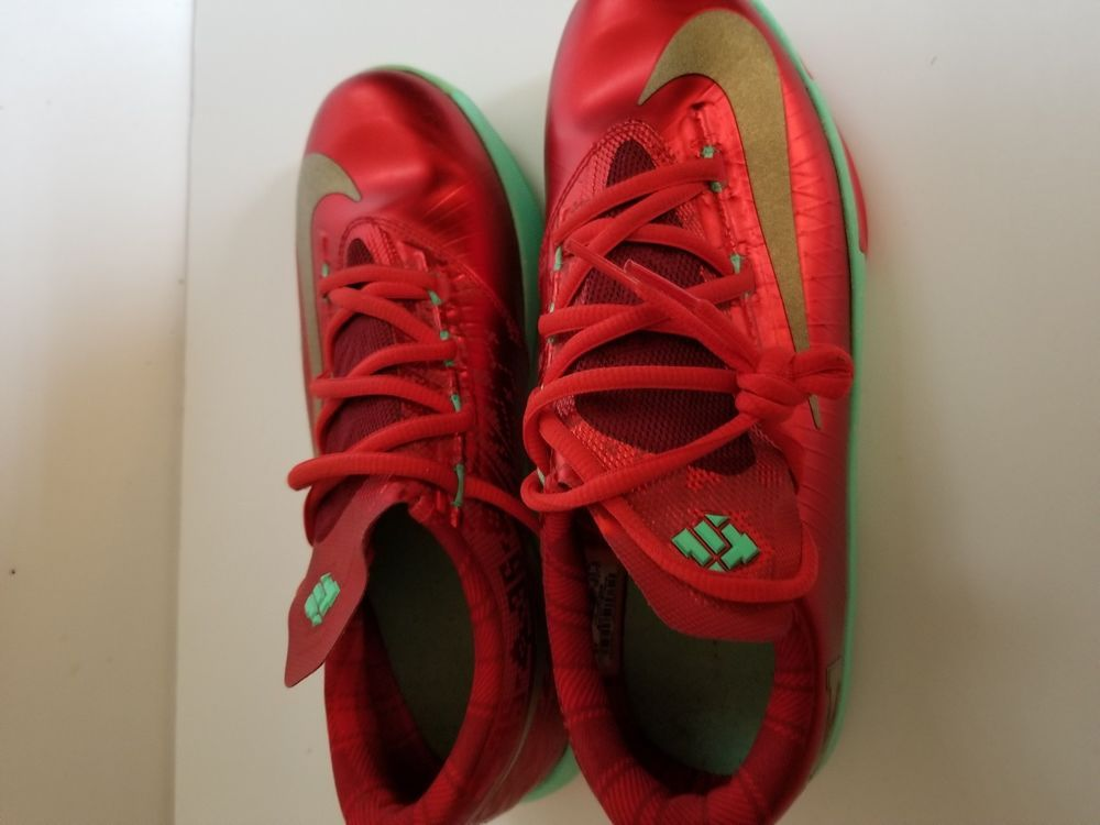 Nike KD 6 Christmas Edition Fashionable Outfits, Shoes Sneakers ...
