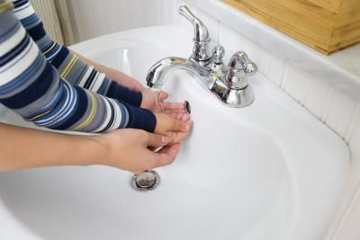 How To Remove Hard Water Stains In A Porcelain Toilet Sink Drain Plug Hard Water Stain Remover Sink Drain