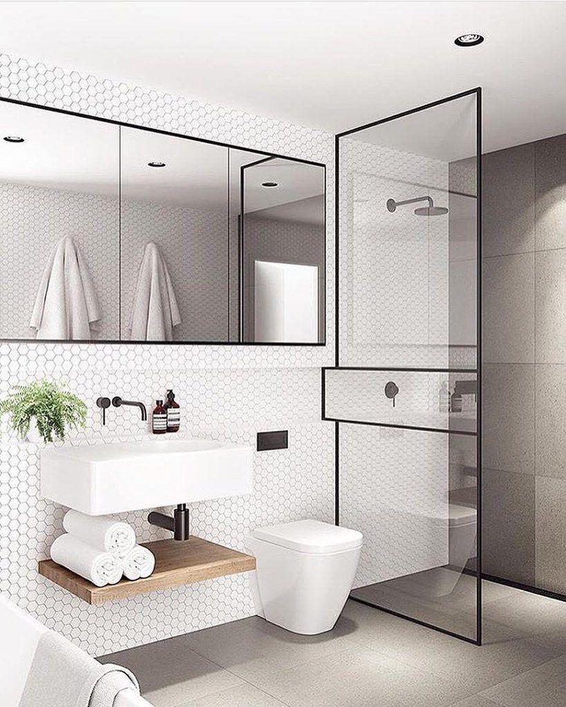 Creative Design Tips For A Narrow Bathroom Modern Small Bathrooms Minimalist Bathroom Minimalist Small Bathrooms