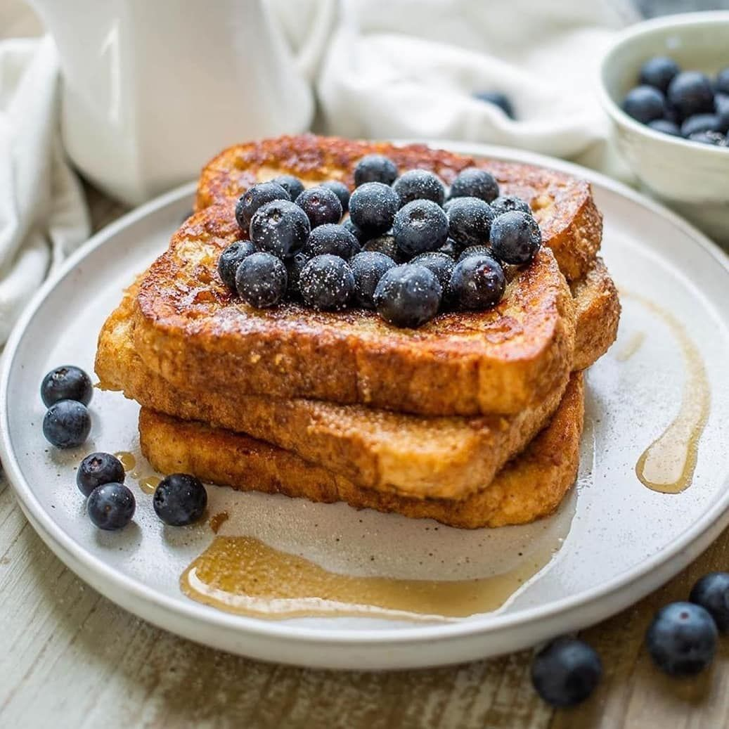 Good morning, sweethearts! I am eating my healthy breakfast and dreaming  about these French toasts... P. S. You can check my breakfast on my stories  - Recipes |…