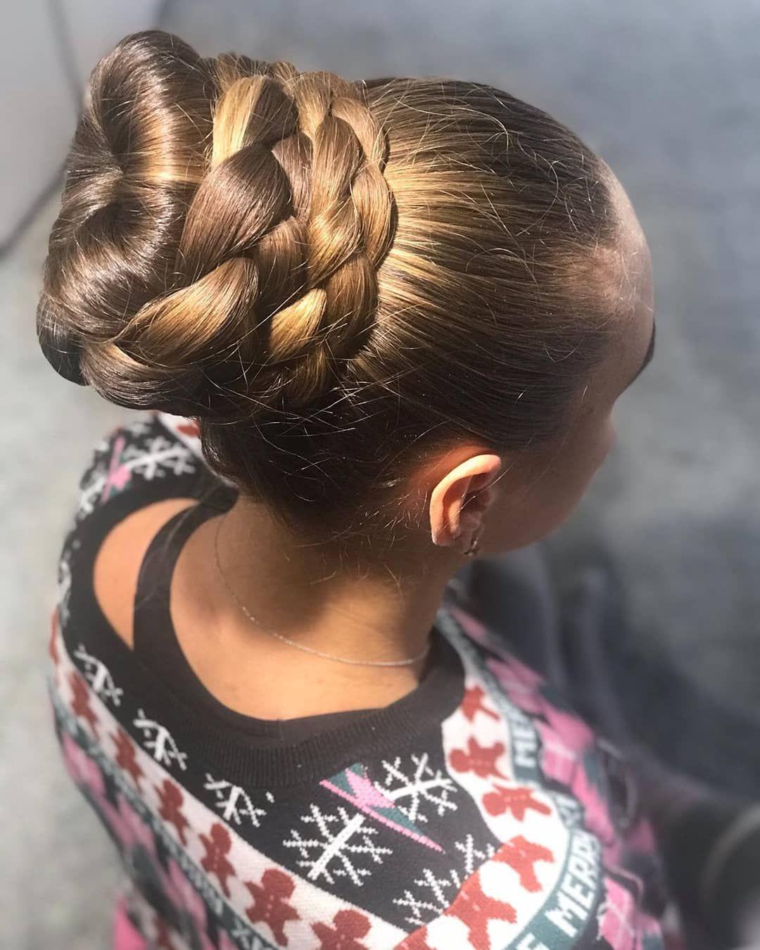Best Bun Big Bun Hair Bun Hairstyles For Long Hair Long Hair Styles
