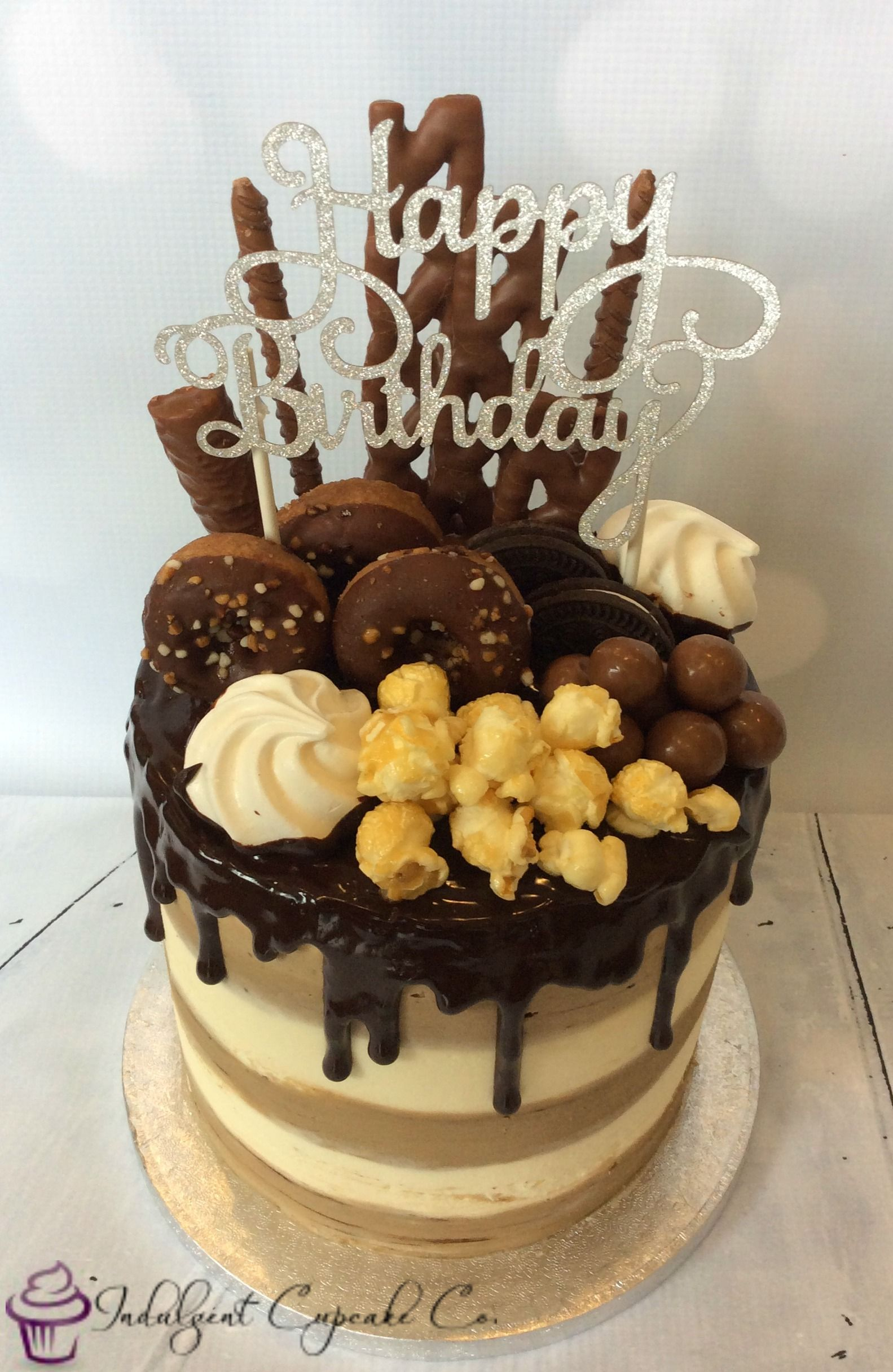 Kinderriegel Eis Torte Drip Cake Chocolate Sponge With Alternating Vanilla And