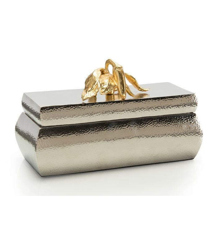 Pin By J Oy On Luxury Gifts Luxury Birthday Gifts Luxury Gift Box Luxury Wedding Gifts