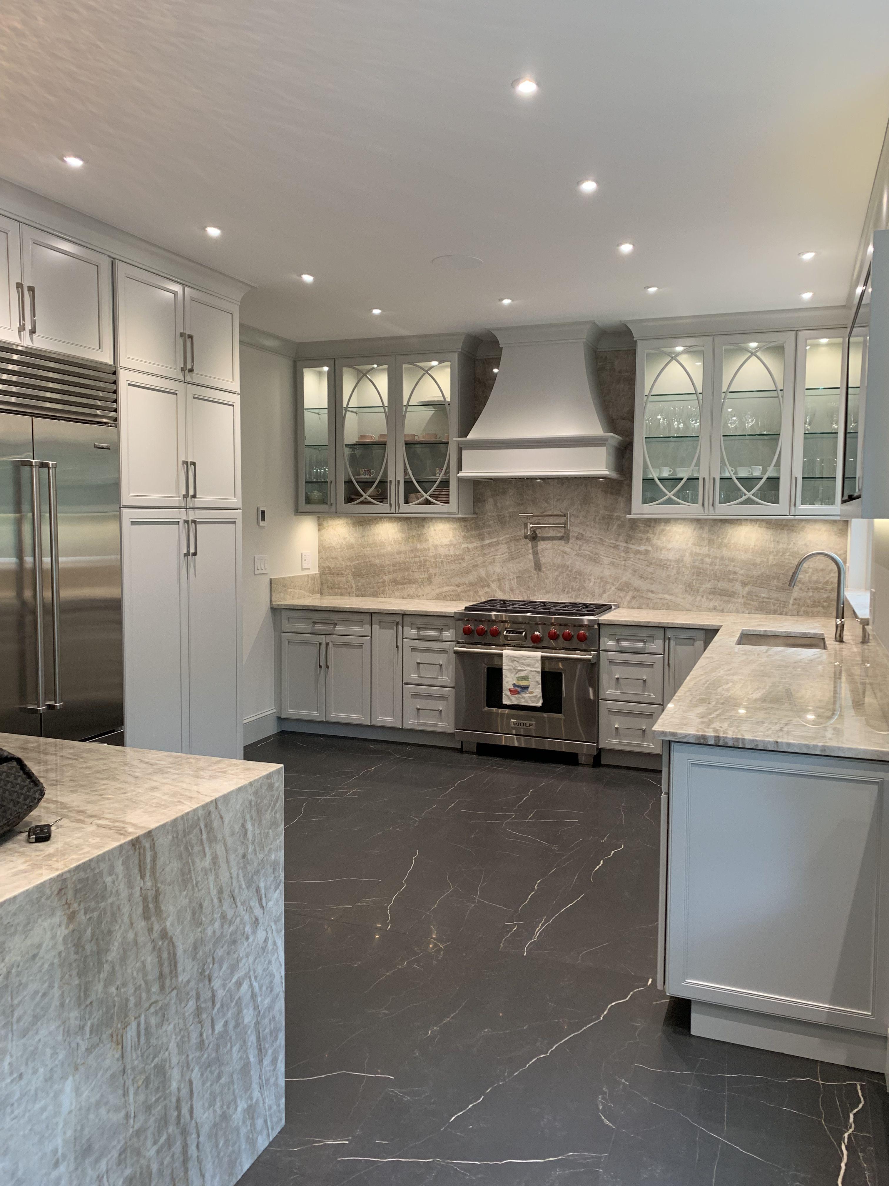 New York Kitchen Renovation Featuring Kraftmaid Cabinetry Kitchen Renovation Luxury Kitchen Design Kraftmaid