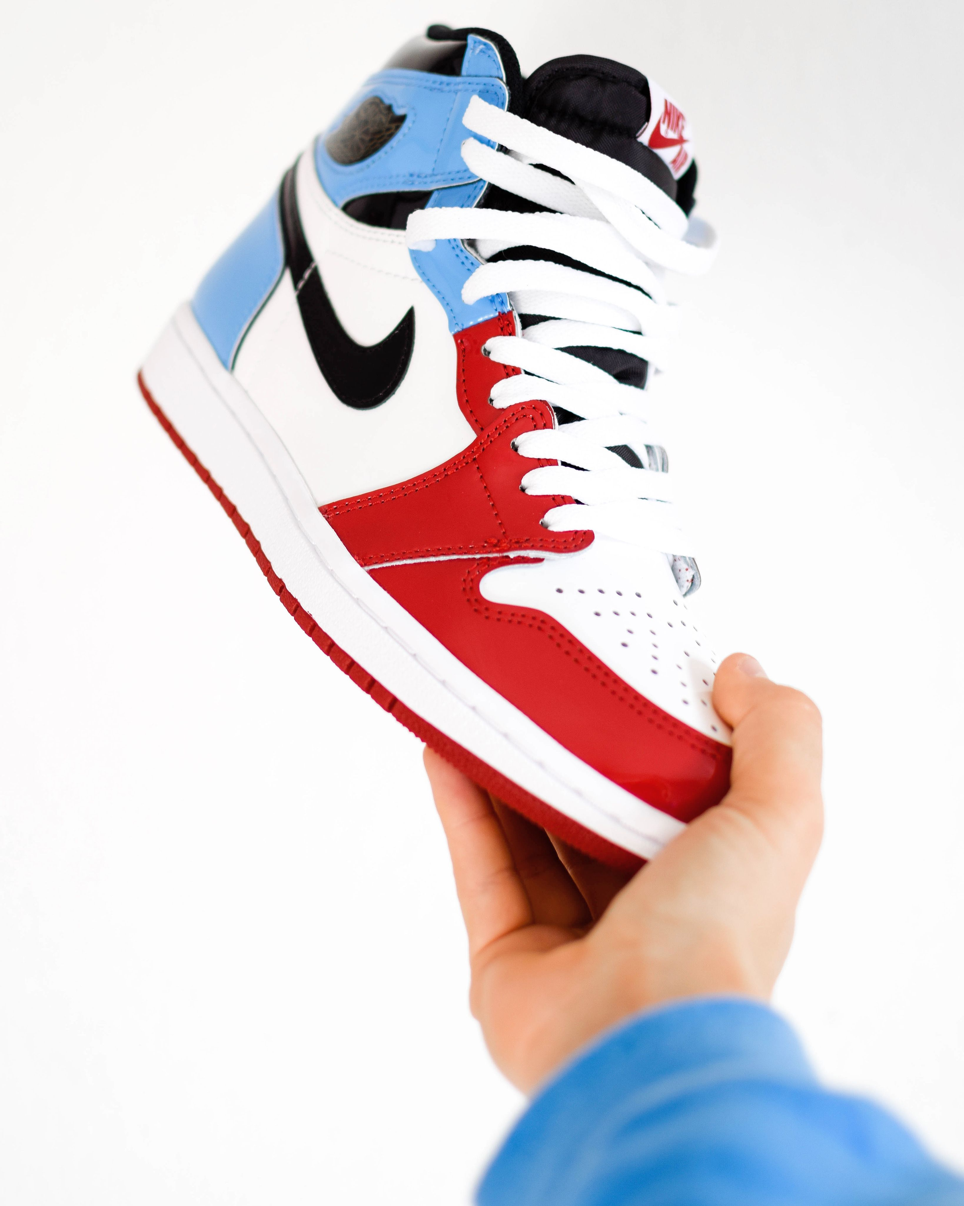 Jordan 1 Fearless Wallpaper For Iphone Sneakers Sneaker Tag Jordan 1