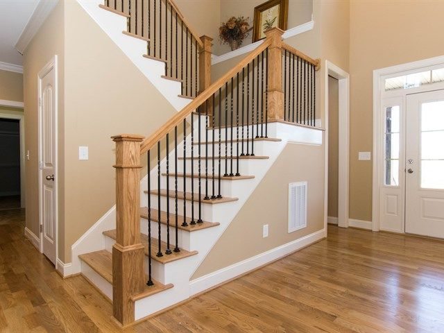 Best Foyer With Rod Iron Railing And Wood Step Treads 400 x 300