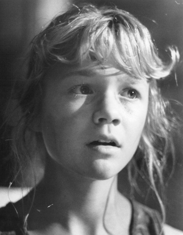 ariana richards twitter