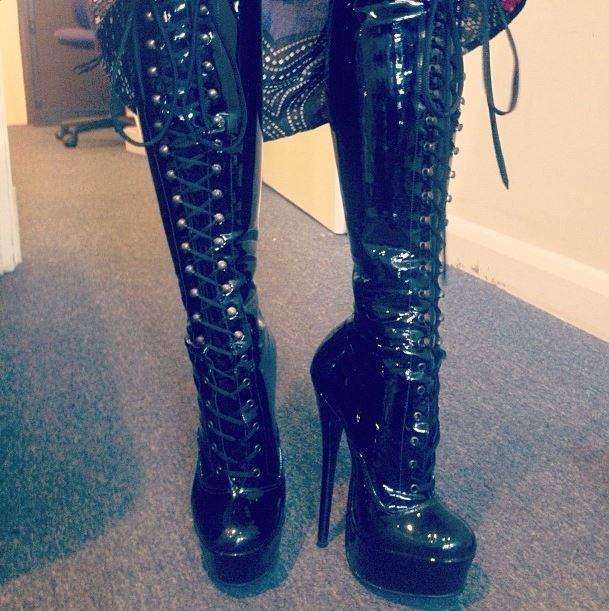 Custom made boots. HANDMADE in London
