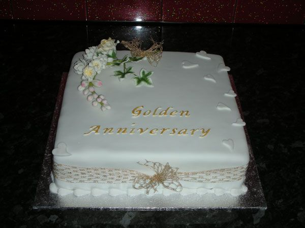 where is the cake   the pre or post wedding cake shouldn t be forgotten