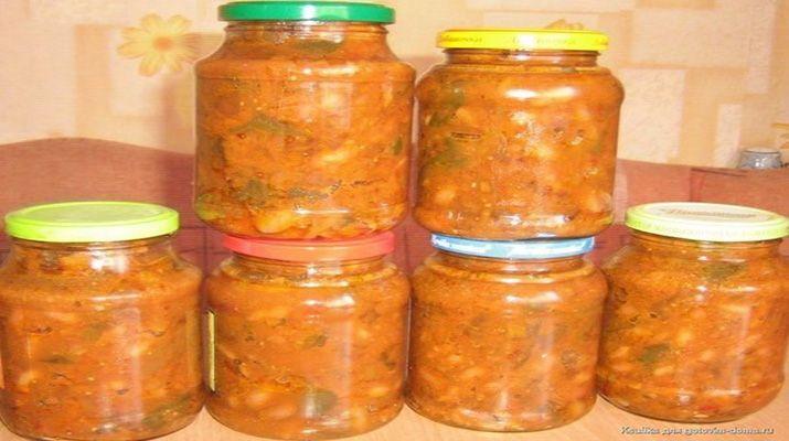 Греческая закуска из фасоли и болгарского перца всегда кстати зимой, когда на ужин что-нибудь нужно открыть к картошечке, или так перекусить.