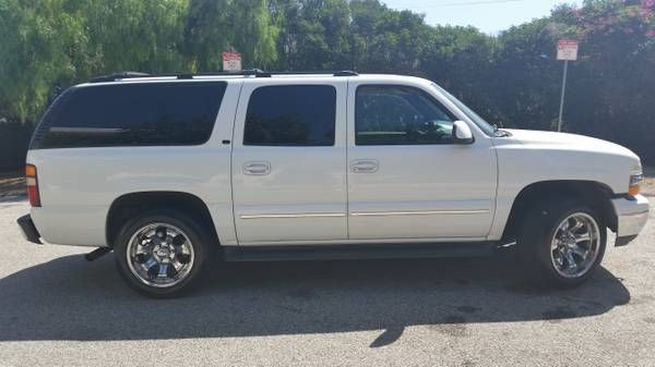 2001 Chevy Suburban 1500 Fully Loaded Lt White W Chrome Rims