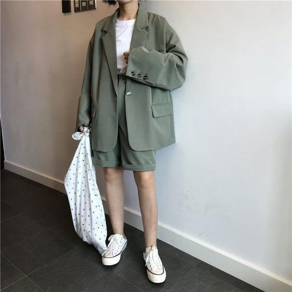 Women/'s Suit With Shorts Oversized Blazer Vintage Style Two Piece Set Reworked Retro Green Suit Black Suit Business Outfit Normcore Tumblr