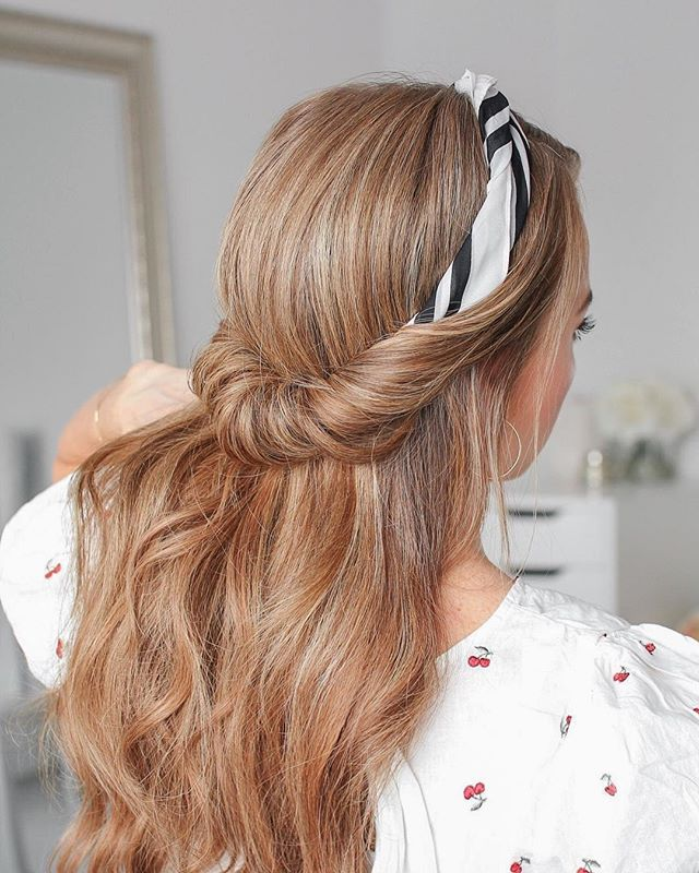 Scarf hairstyle Cheveux & Coiffures Cheveux coiffure