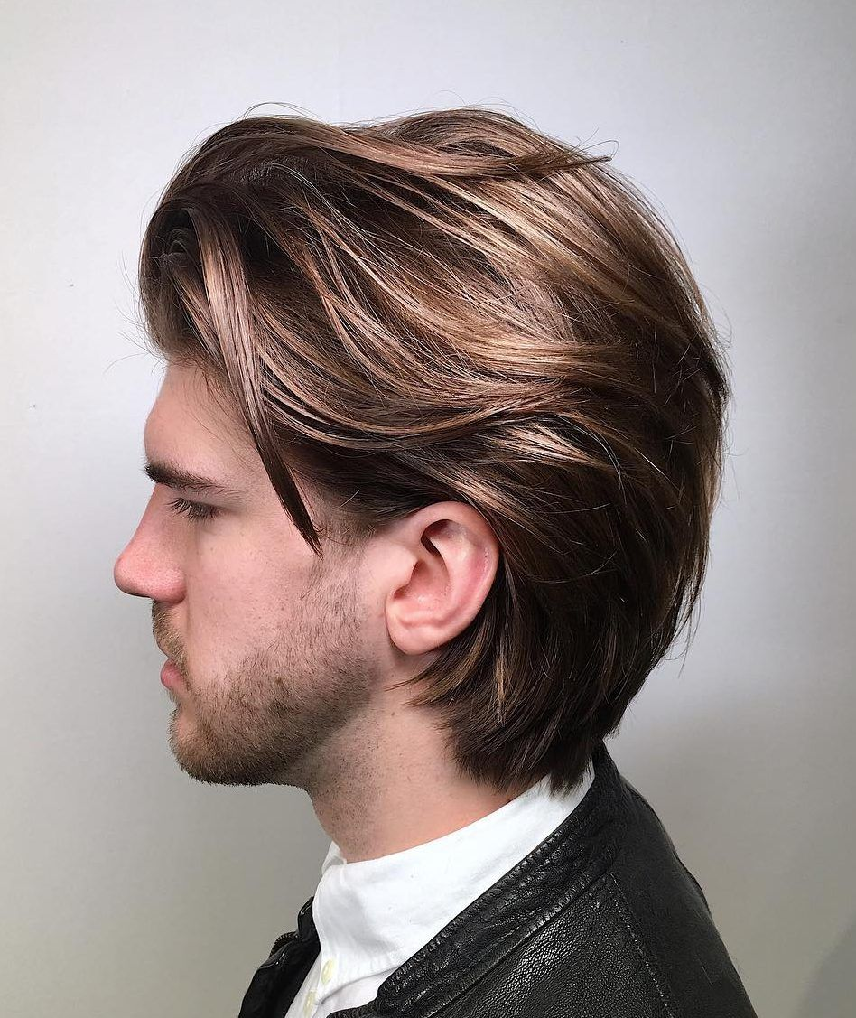 Mid Length Hairstyle Natural Beige Highlights Tad Darker Root Men S Haircuts Coiffure Homme Cheveux Mi Longs Coupe Cheveux Homme Coiffure Mi Long