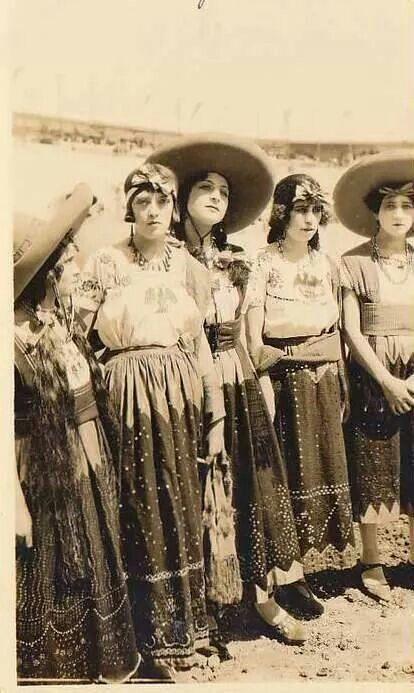 Adelitas 1923