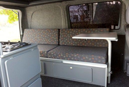 deze mercedes vito kompact hebben wij voorzien van reimo hefdak en basic interieur dit interieur