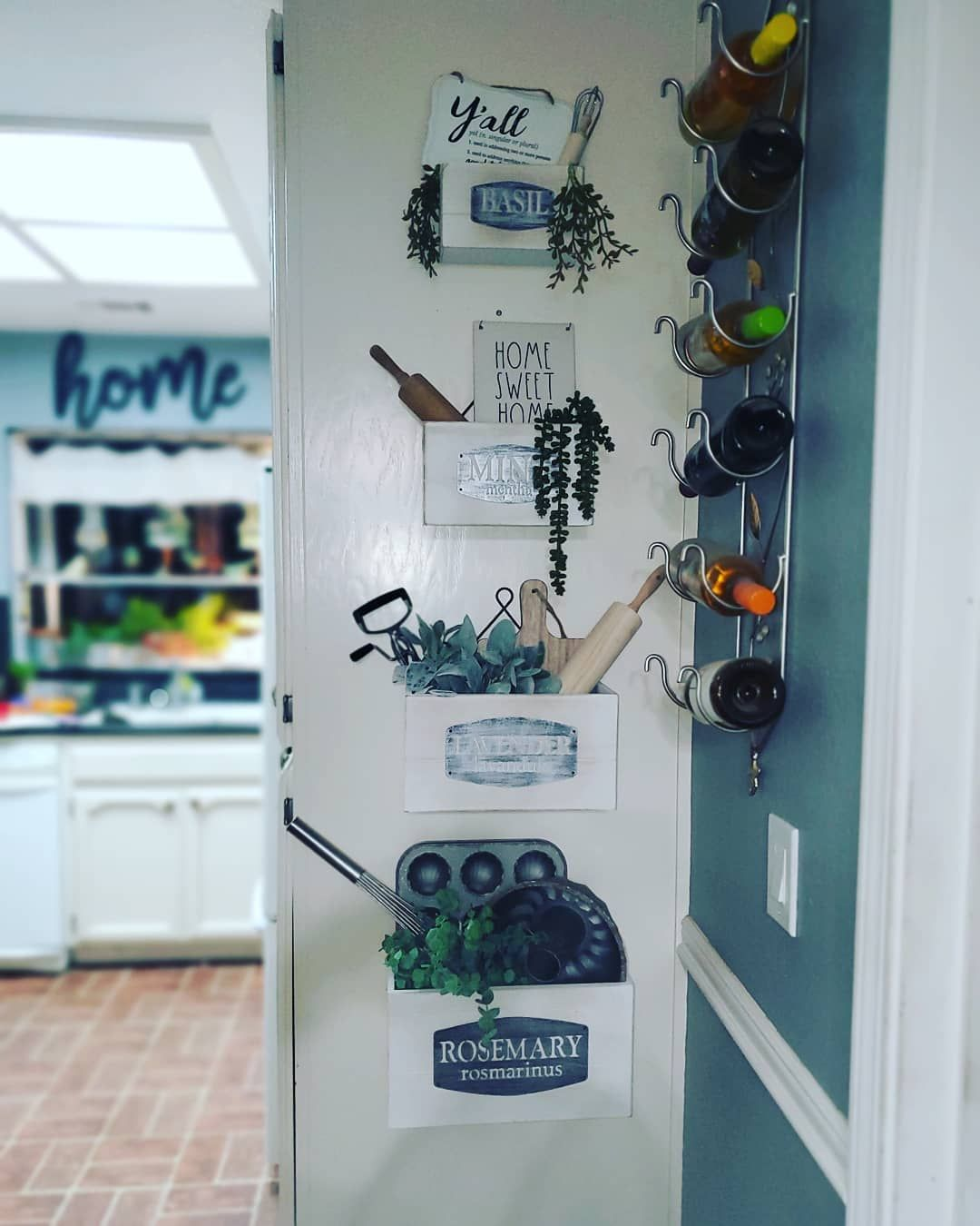 Finally put up my @hobbylobby clearance  finds. I absolutely love how they turned out. . .