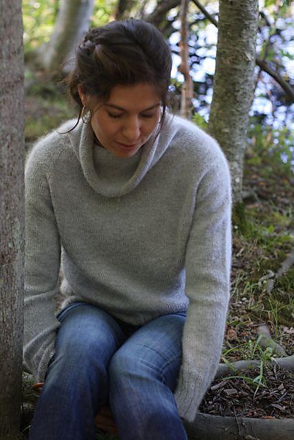 Ravelry: Lightweight Pullover by Hannah Fettig