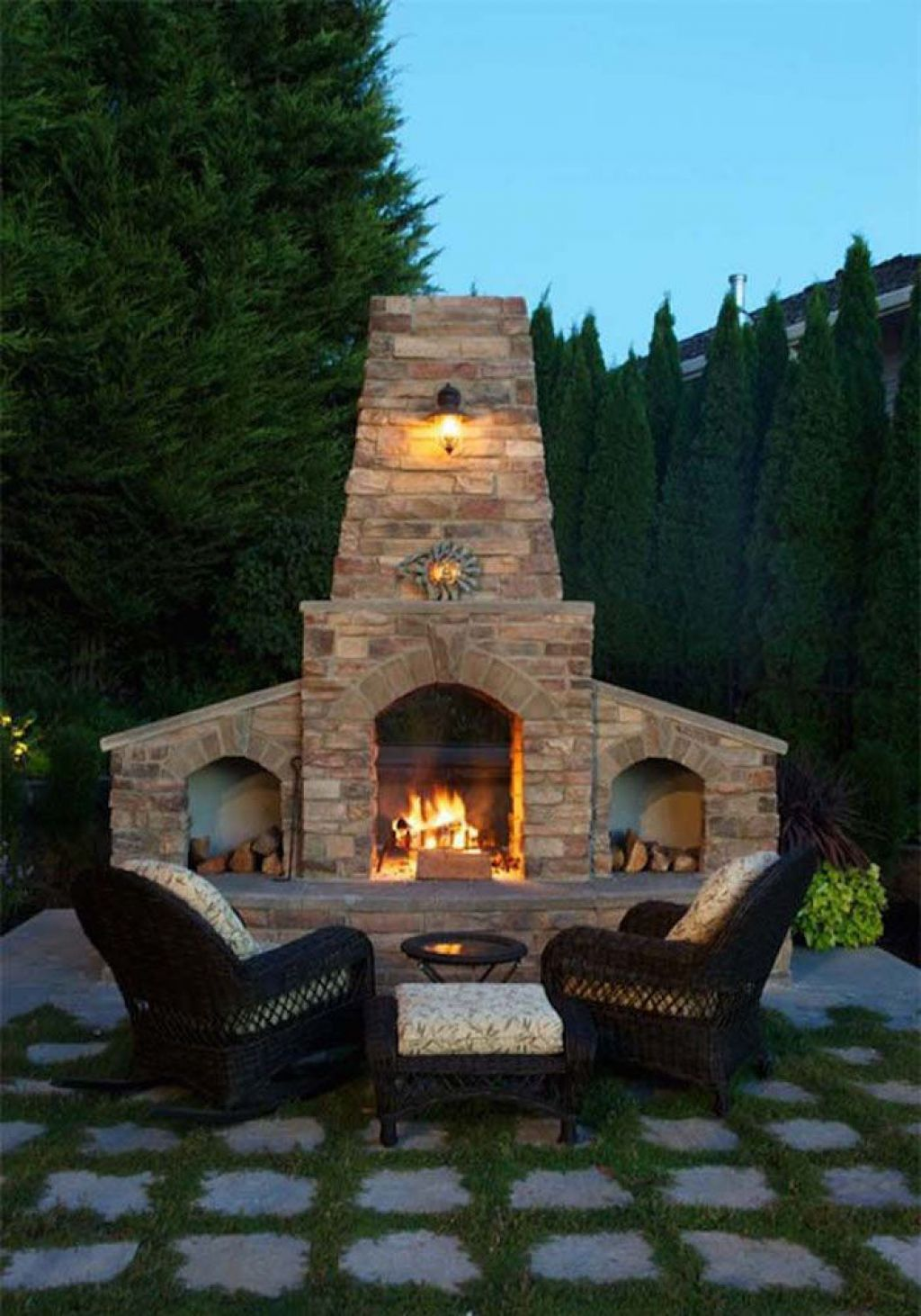 An Outdoor Fireplace Can Be Breathtaking Addition Chimeneas