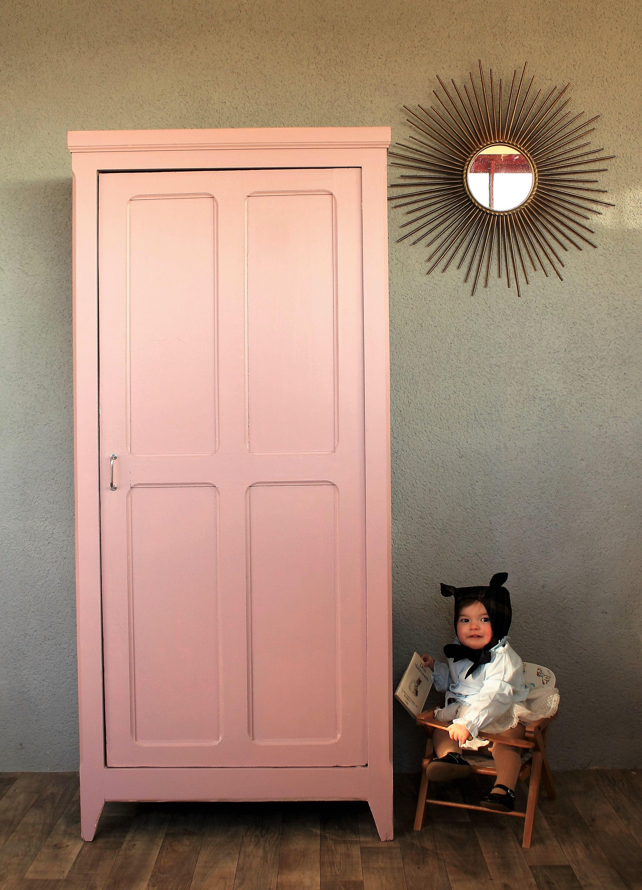 Armoire parisienne rose ancien | Baby Stuff en 2019 ...