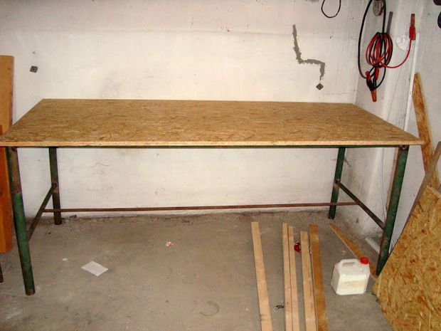 workbench from scrap metal pipes workbench plans pinterest