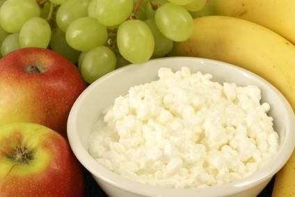 Delightful DIY Cottage Cheese   With Whole Milk And Vinegar To Make Curds