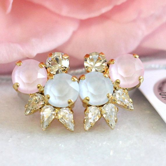 Rose Quartz Serenity Swarovski Cluster Earrings   #Rose_quartz, #serenity, #bridal, #earrings, #pastel, #wedding_jewelry
