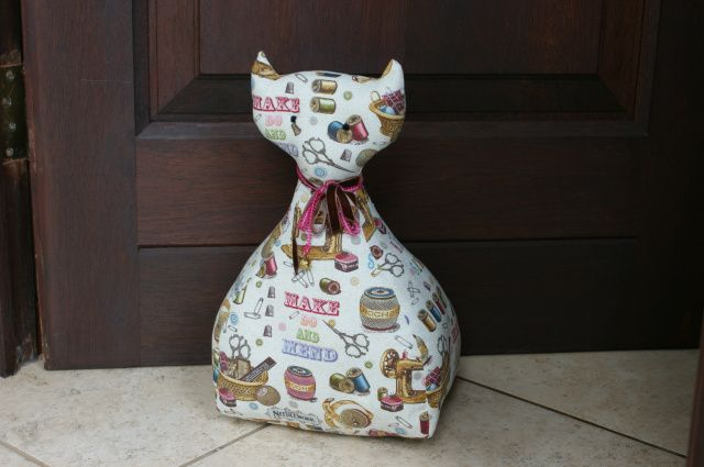 Free Cat – door stop pattern