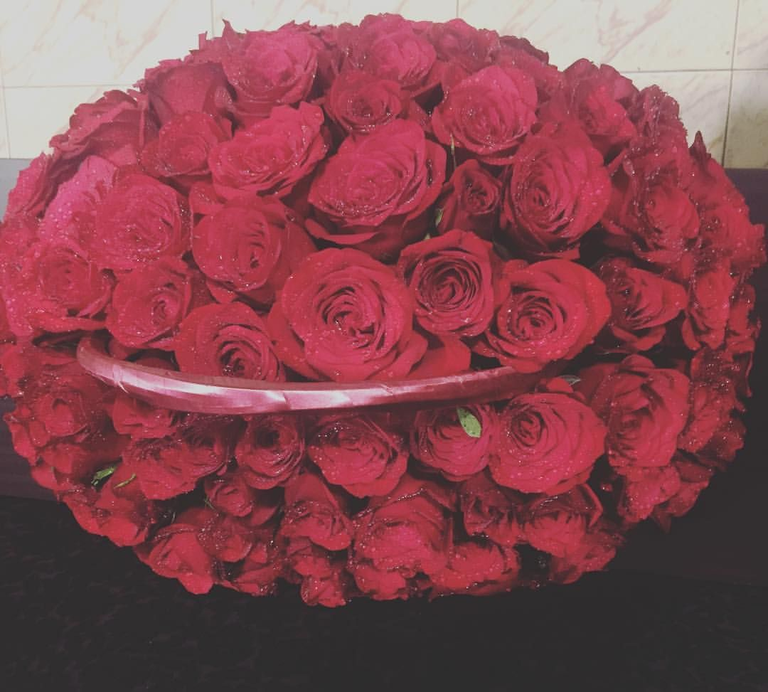 100 Red Roses Basket Delivery To To Mindtree Ramanujam It City