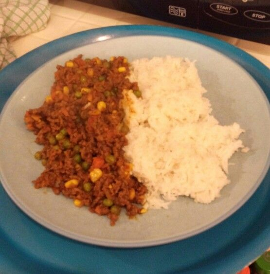 Keema curry and rice. Syn free. Recipe from slimmingeats.com