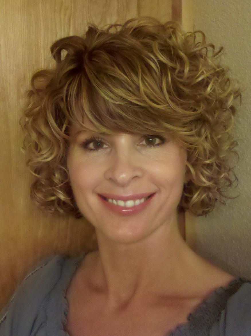 short naturally curly bob  Google Search  Hairstyles by Shirley G