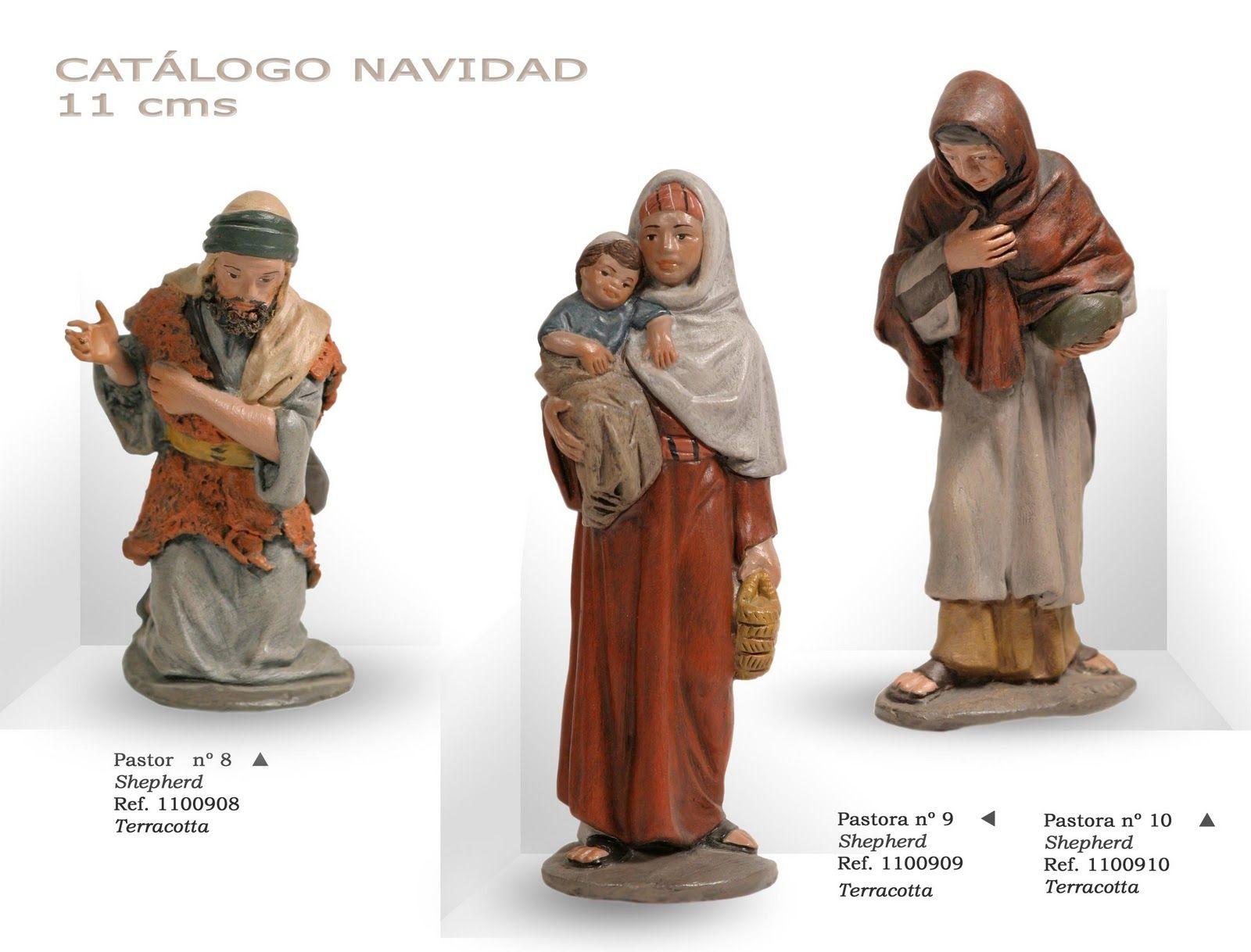 PASTOR Nº8, PASTORAS Nº9 y Nº10. Figuras de belén/pesebre, de terracota policromada, de 11 cm. Autor José Luis Mayo Lebrija.