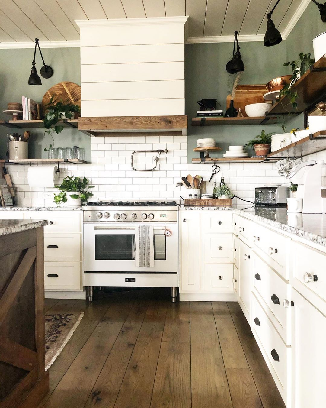 pin by kim parsons on kitchen time in 2020 with images modern farmhouse kitchens farm on kitchen island ideas modern farmhouse id=42754