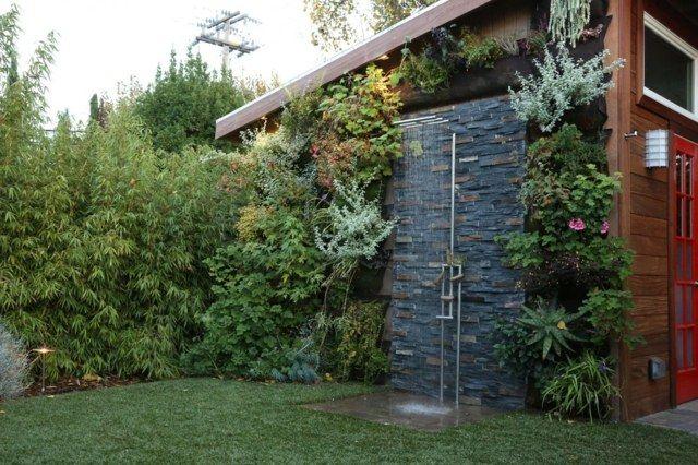 Douche extérieure Lespace bienêtre au jardin  Design