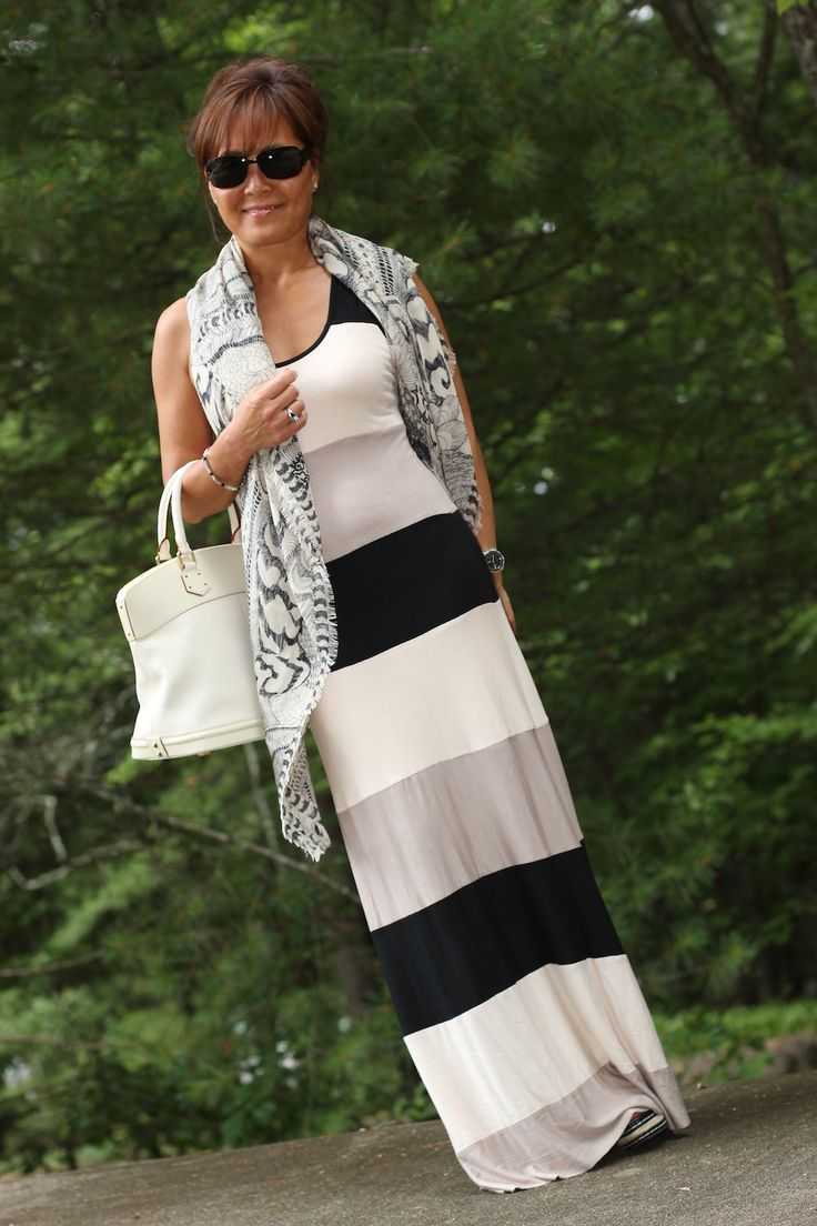 Trends For Spring Summer Clothes For Real Women Over 40: Classy Clothes For Over 50