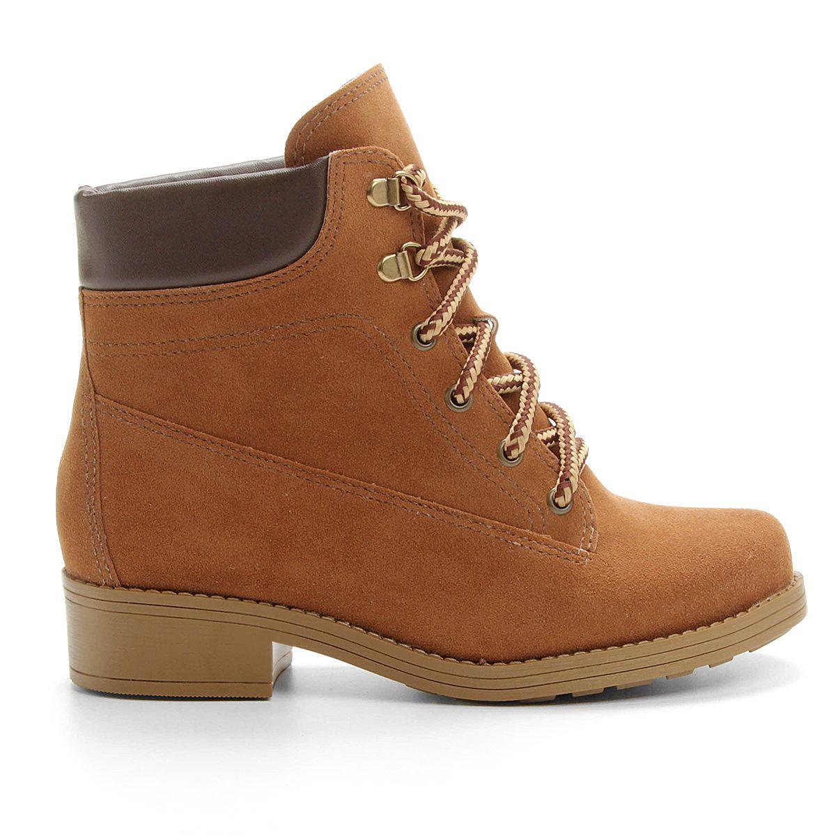 9a08cdba206f6 Compre Bota Moleca Coturno Caramelo na Zattini a nova loja de moda online  da Netshoes. Encontre Sapatos, Sandálias, Bolsas e Acessórios. Clique e  Confira!