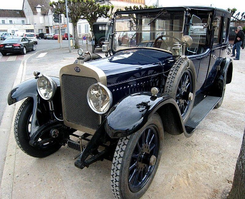 voiture delage di de 1924 ce mod le ancien a tourn e dans. Black Bedroom Furniture Sets. Home Design Ideas