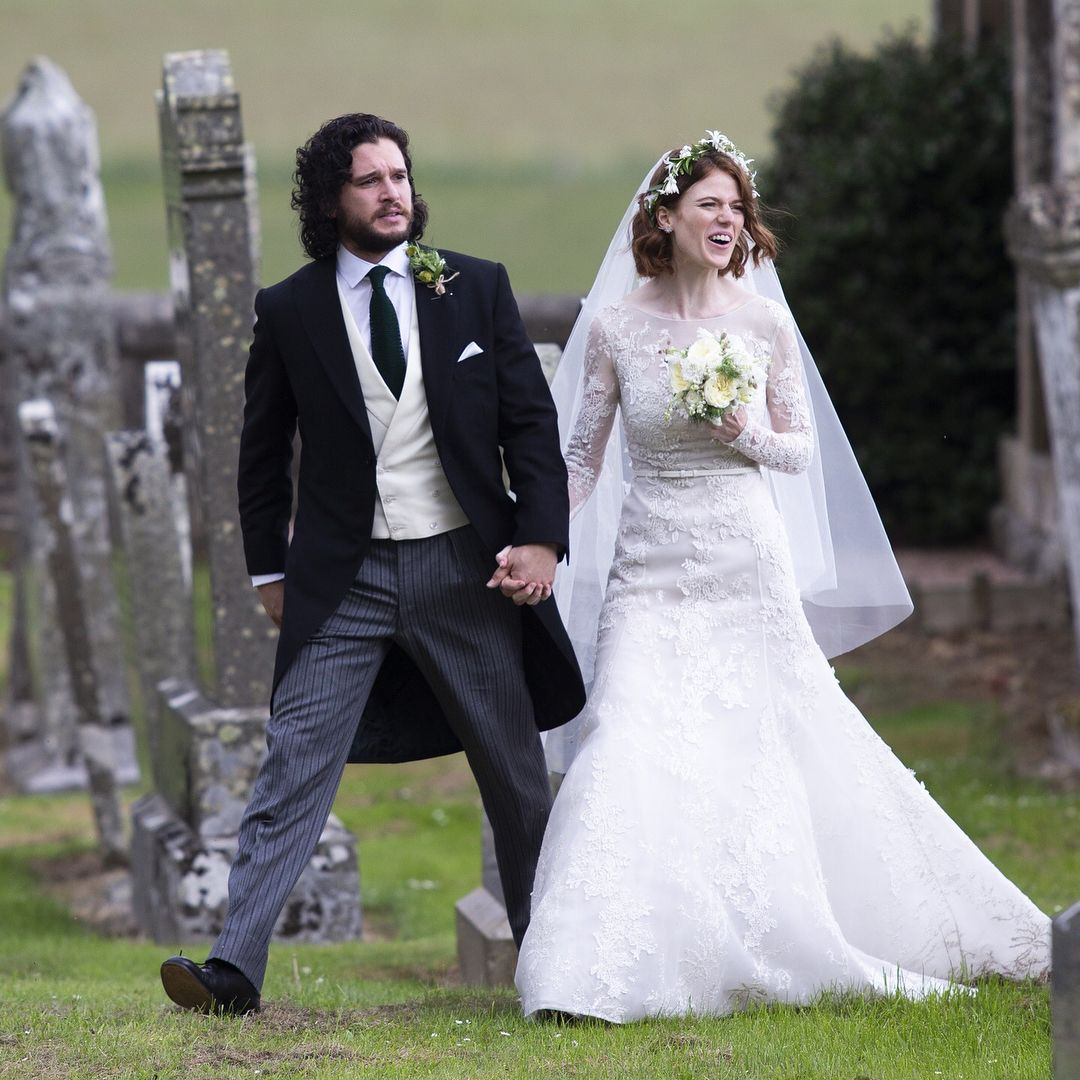 Kit Harington Wedding.Kit Harington N Rose Leslie On There Wedding Day Love Them Both