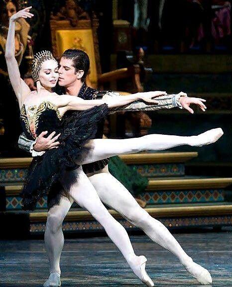 Diana Vishneva and Marcelo Gomes black swan