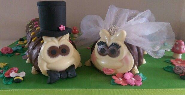 novelty wedding cake mr amp mrs colin caterpillar bride and