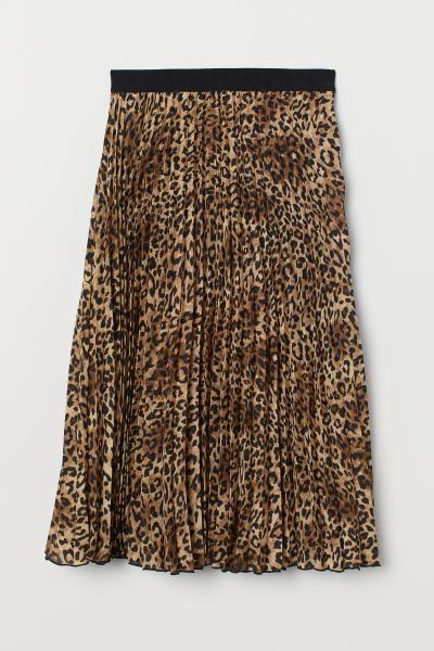 0a241d8f2eb3 Plisserad kjol - Beige/Leopardmönstrad - DAM   H&M SE 5   Bottoms ...