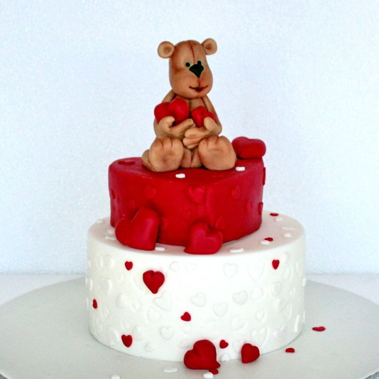 Incredible Adorable Bear Y Loved Valentines Birthday Cake Idea L Funny Birthday Cards Online Fluifree Goldxyz