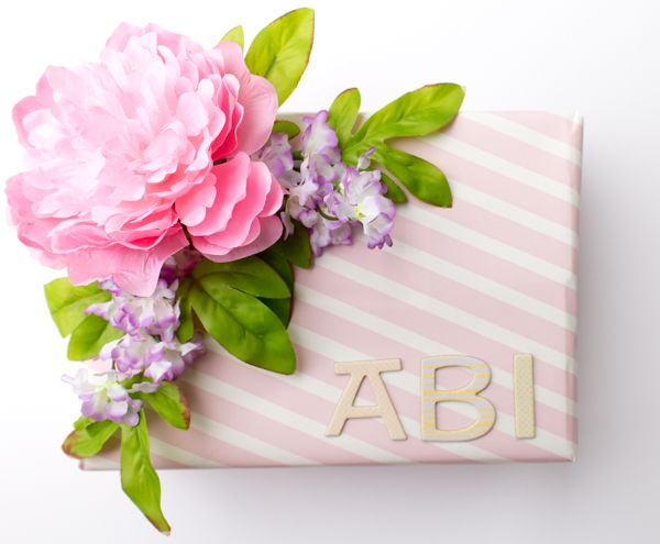 How To Wrap A Wedding Gift: Bridal Shower Gift Wrap Idea! Learn How To Wrap A Gift For