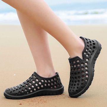 5151aea603b Men Hole Light Weight Soft Beach Shoes Water Sandals