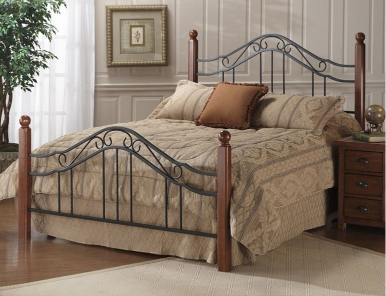 Classic Wood And Wrought Iron King Size Poster Bed