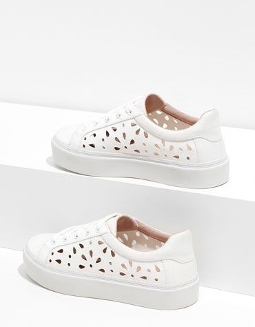 Bershka stamped sneakers - Woman - Bershka Bulgaria
