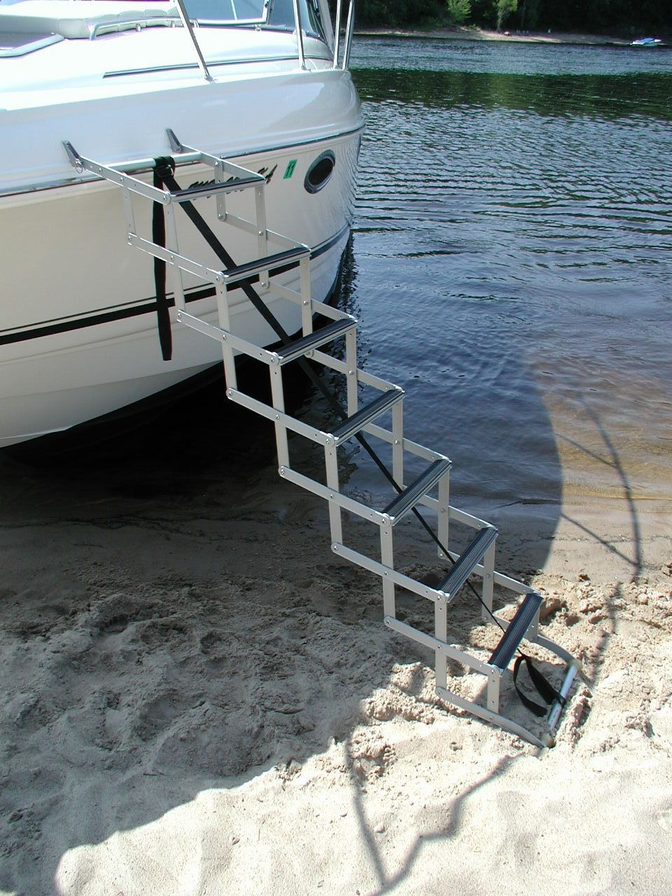 Beach To Bow Ladder Accordion Style For Boats With